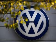 Prelom v platoch? Odbory VW chcú rast o 16 percent