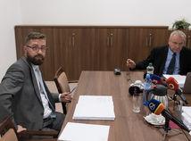 Zasadnutie Výboru NR SR pre nezlučiteľnosť funkcií, Martin Poliačik