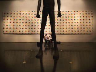tetovanie, tatér, nohy, socha, múzeum