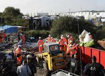 Calais, utečenecký tábor, búranie