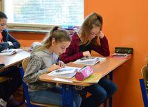 deti, škola, čítanie, trieda, lavica