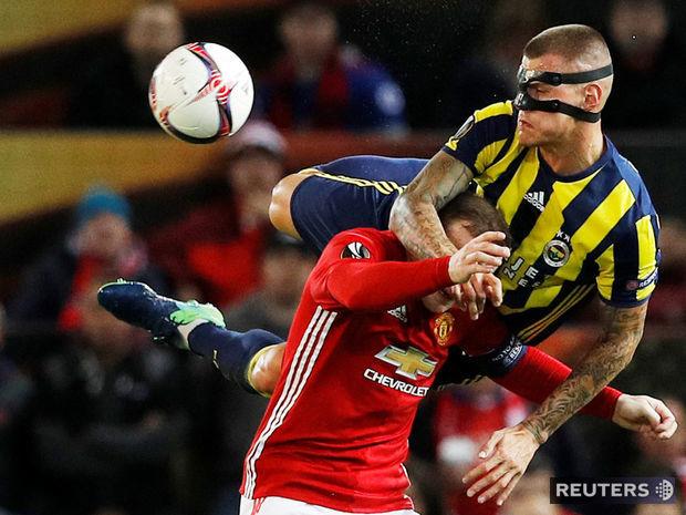 Martin Škrtel, Wayne Rooney