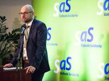 Sulík vyzval špeciálneho prokurátora Kováčika, aby odstúpil