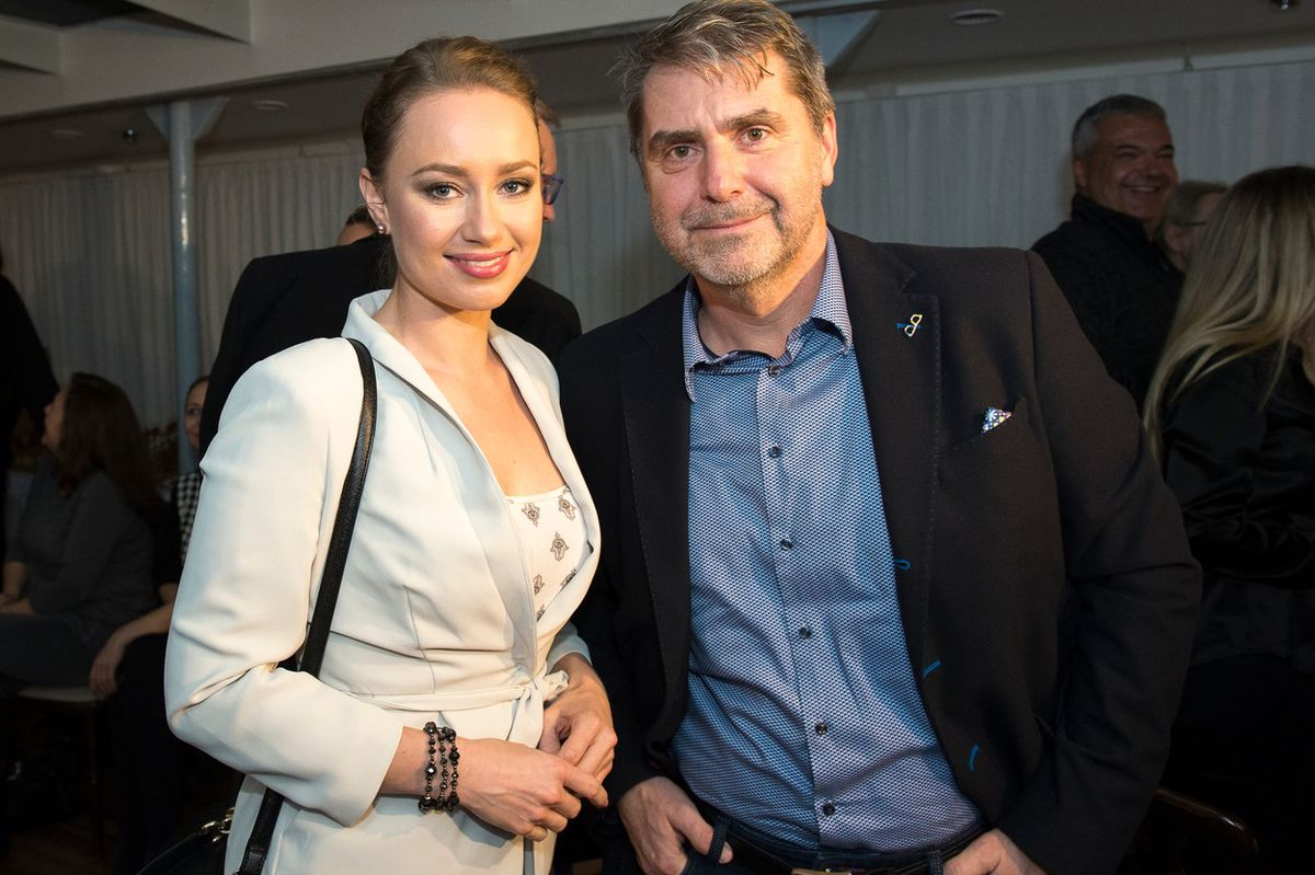 Natália Puklušová spolu s Petrom Marcinom na krste CD-čka Marcela Palondera.