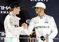 Nico Rosberg a Lewis Hamilton. Tímoví kolegovia a zároveň veľkí rivali.