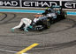 Nico Rosberg bozká svoj monopost.