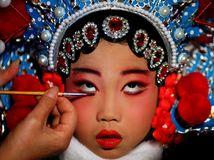 Čína, maľovanie, mejkap, make up,
