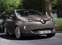 Renault Zoe vyráža z mesta. Má dvojnásobný dojazd