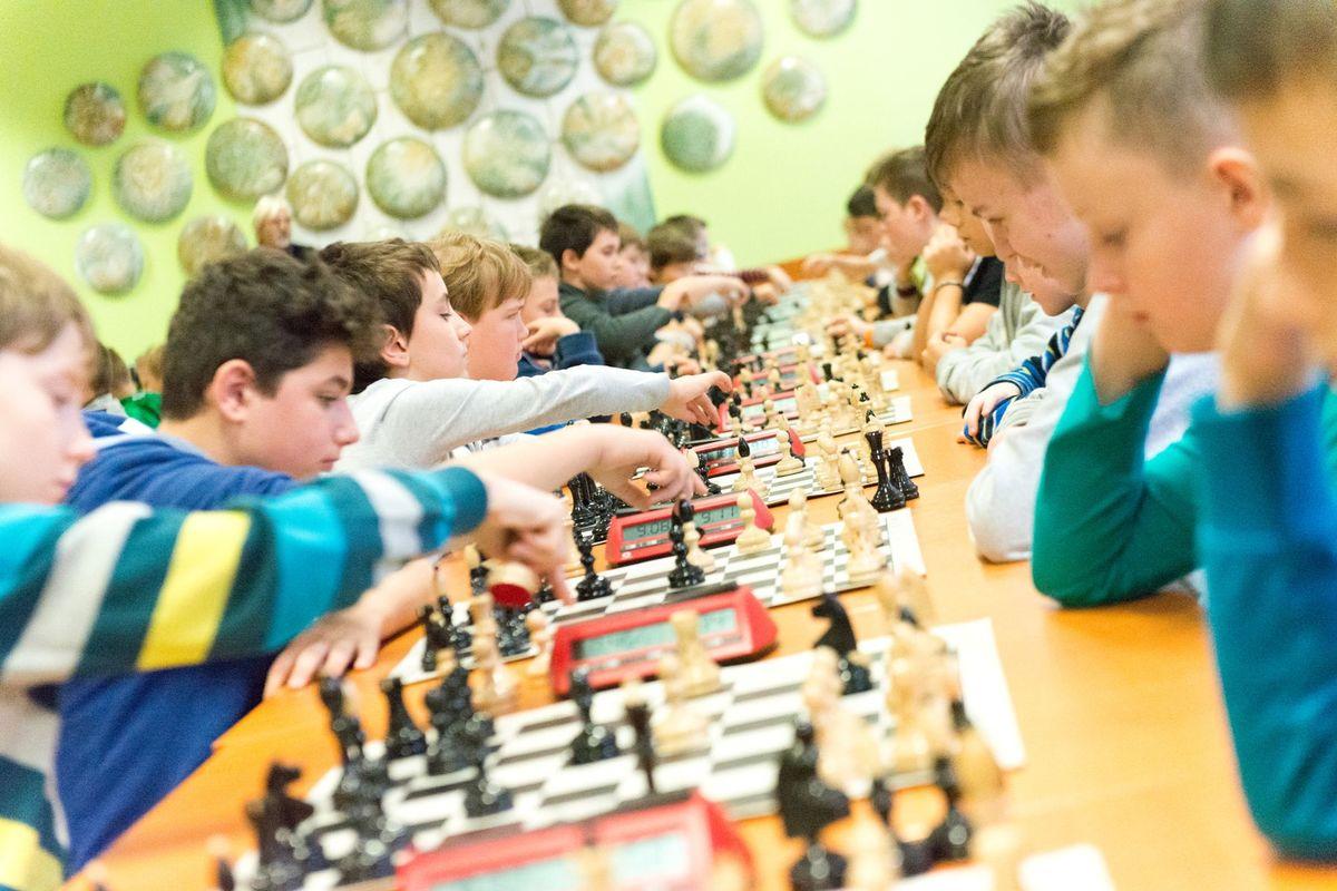 Bratislavská šachová akadémia prilákala desiatky školákov i škôlkarov.