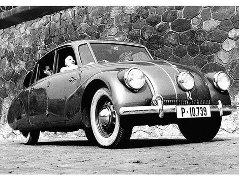 Tatra 87: Aerodynamický skvost má 80. Vlastnil ju aj Felix Wankel