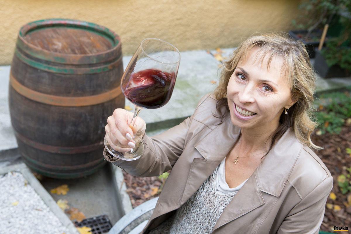 Edita Ďurcová: Musíme viac burcovať spoločnosť, aby slovenské víno nezmizlo z nášho jedálneho lístka.