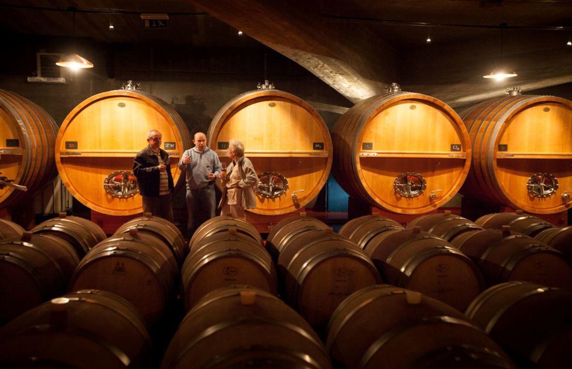 Tri veľké postavy slovenského červeného vína: Karol Braniš (vľavo), Vladimír Mrva a Dorota Pospíšilová.