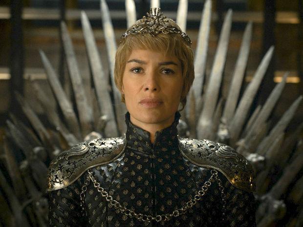 Herečka Lena Headey na zábere zo seriálu Hra o tróny.