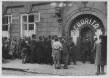 charita, druhá svetová vojna, história