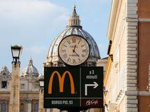 McDonald's, Vatikán, Rím