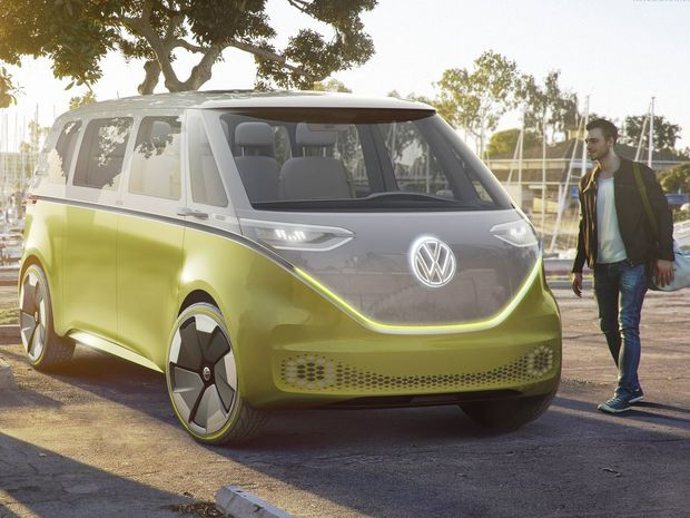 Dizajn veľkého mikrobusu je odvodený z legendárneho Volkswagenu T1. Paralely sú evidentné. Predná maska v tvare písmena V však využíva miesto hliníkových líšt diódy. Kruhové reflektory nahradili modernejšie so súčasnou grafikou.