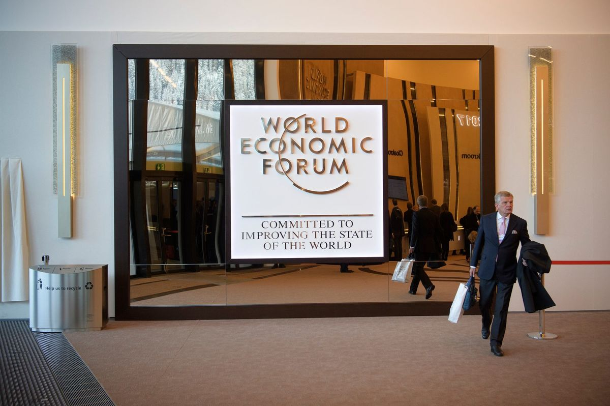Hlavným dôvodom, prečo do Davosu pozvaní prídu, je, že chcú dohodnúť výhodné biznisy, myslí si Jean-Pierre Lehmann.
