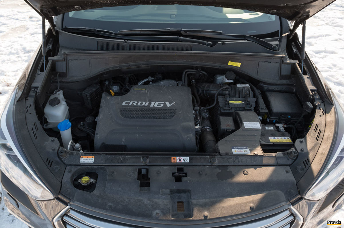 Automobil je v ponuke len s jedným 2,2 litrovým naftovým štvorvalcom.