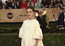 Herečka Natalie Portman v kreácii Dior.