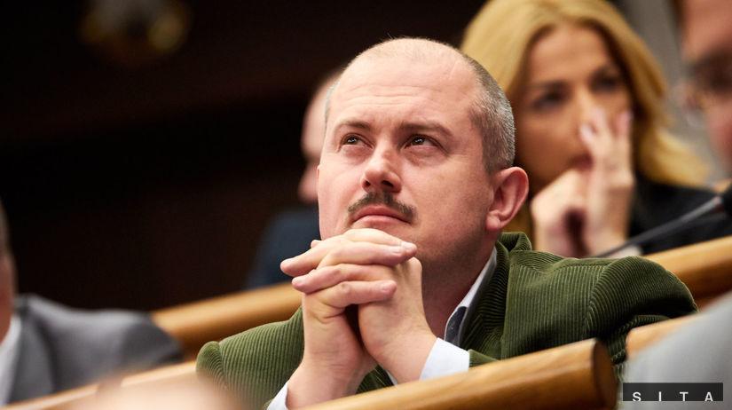 Obžalobu na Kotlebu za kontroverzné šeky bude riešiť Najvyšší súd - Domáce - Správy - Pravda.sk