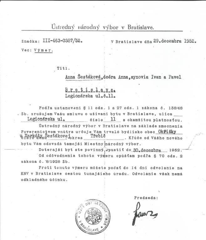 Úradný dokument o nútenom vysťahovaní Anny Šestákovej s tromi deťmi.