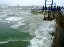 Dunaj, ľad, ľadoborec, Čunovo, vodné dielo, lámanie ľadu