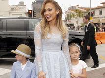 Jennifer Lopez a jej dvojčatá - syn Maximilian a dcérka Emme