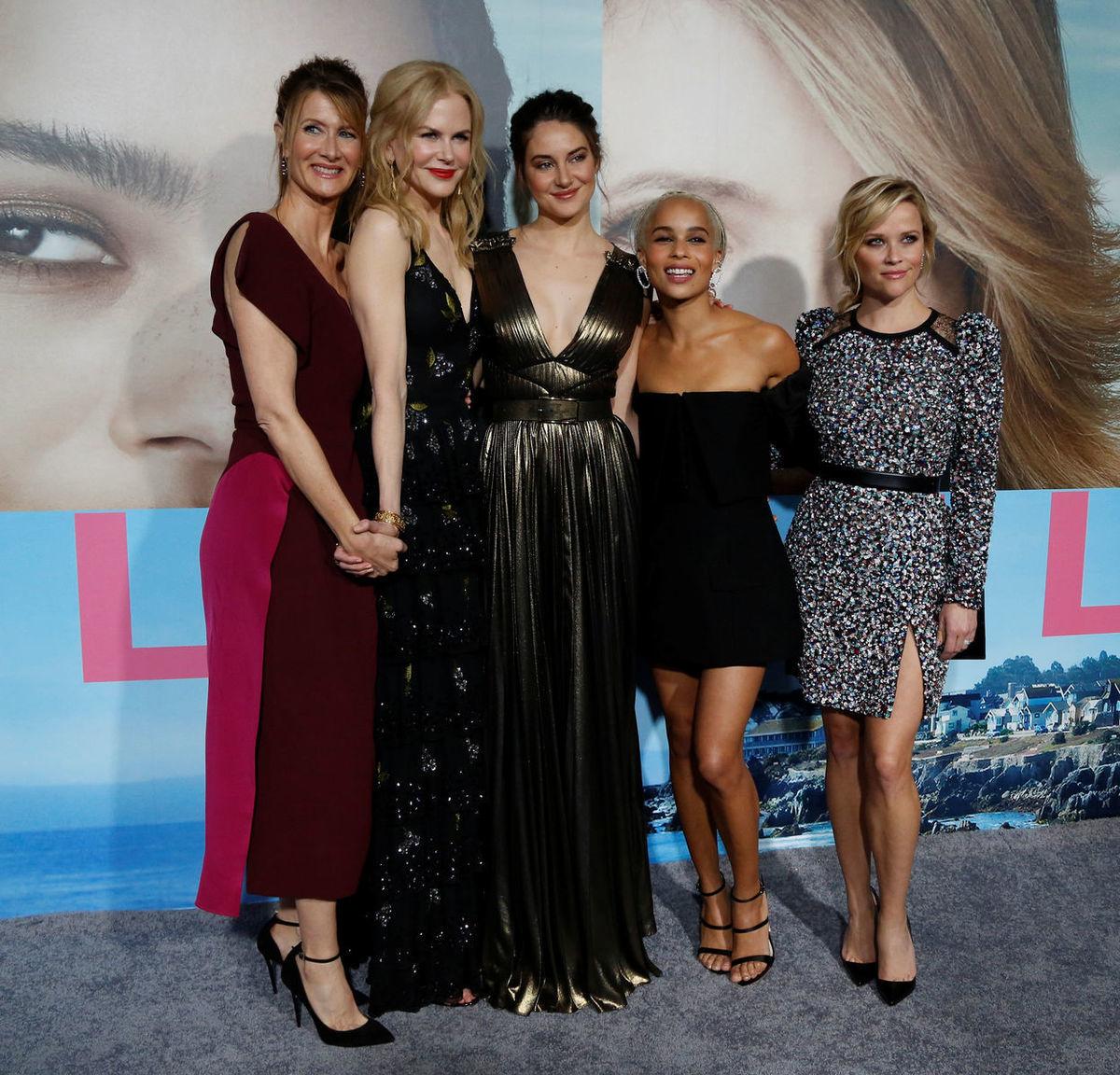 Zľava: Herečky Laura Dern, Nicole Kidman, Shailene Woodley, Zoe Kravitz a Reese Witherspoon odpremiérovali nový seriál Big Little Lies (HBO ho bude uvádzať ako Sedmilhářky).
