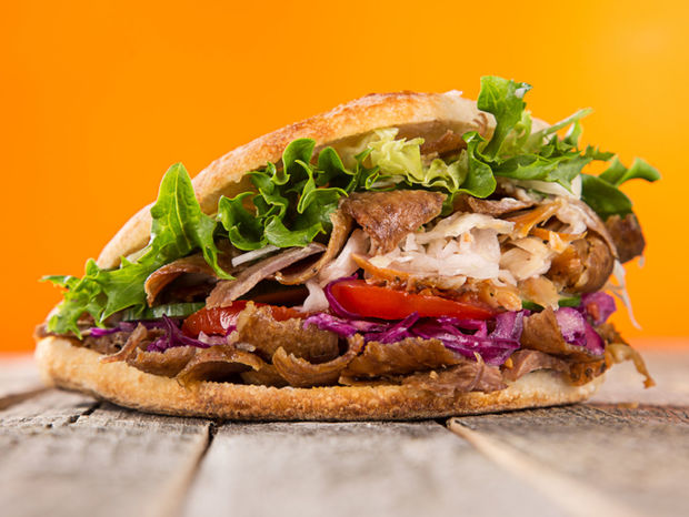 kebab, sendvič, jedlo, rýchle jedlo, fast food, fastfood, mäso, žemľa