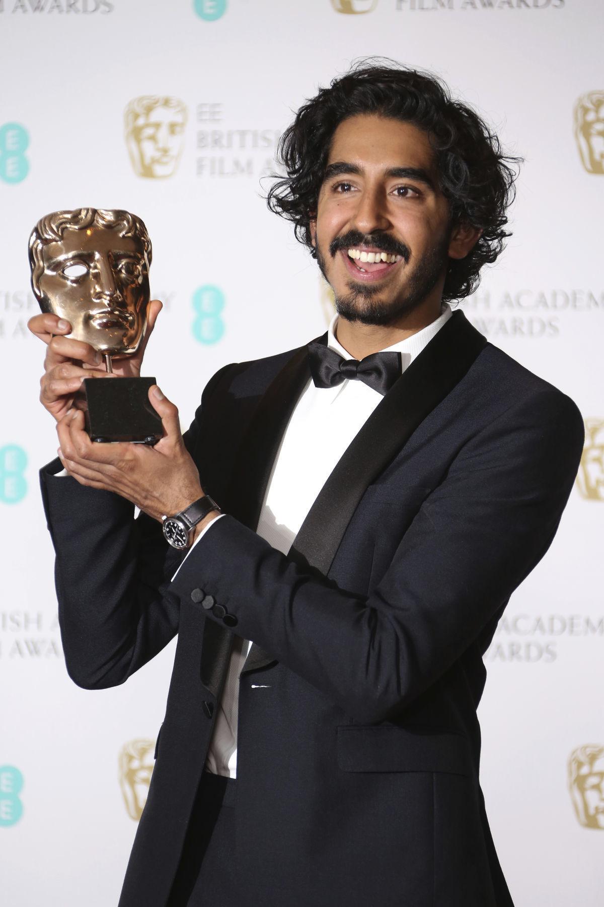 Herec Dev Patel s cenou BAFTA za výkon vo filme Lion.