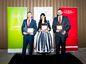 """Ocenenie Zdravá firma roka """"Malé firmy"""": Daniel Paracka ( AON Risk Solutions Slovakia, s.r.o.), Milan Števkov ( Freundenberg IT), Nina Šošková ( Benefit Systems Slovakia)"""