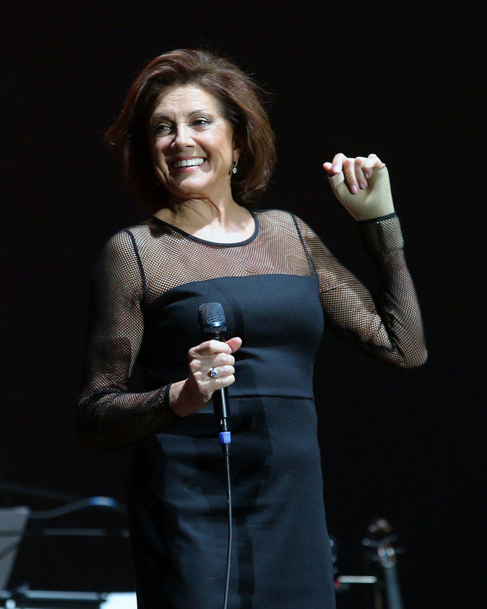 Marie Rottrová počas vystúpenia v pražskej O2 Aréne pri príležitosti jej 75. narodenín.