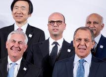 Rex Tillerson, Sergej Lavrov, politik, politici