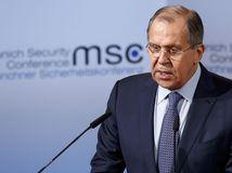 Lavrov: NATO je inštitúciou studenej vojny a zdrojom napätia