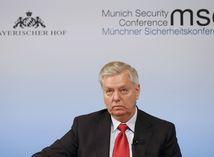 Americký senátor Graham: Rusku nakopeme za hackerské útoky zadok