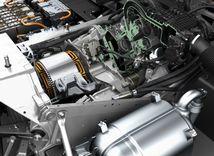 BMW i3 REX: Tomuto elektromobilu tečie palivo! Do servisu mieria tisíce