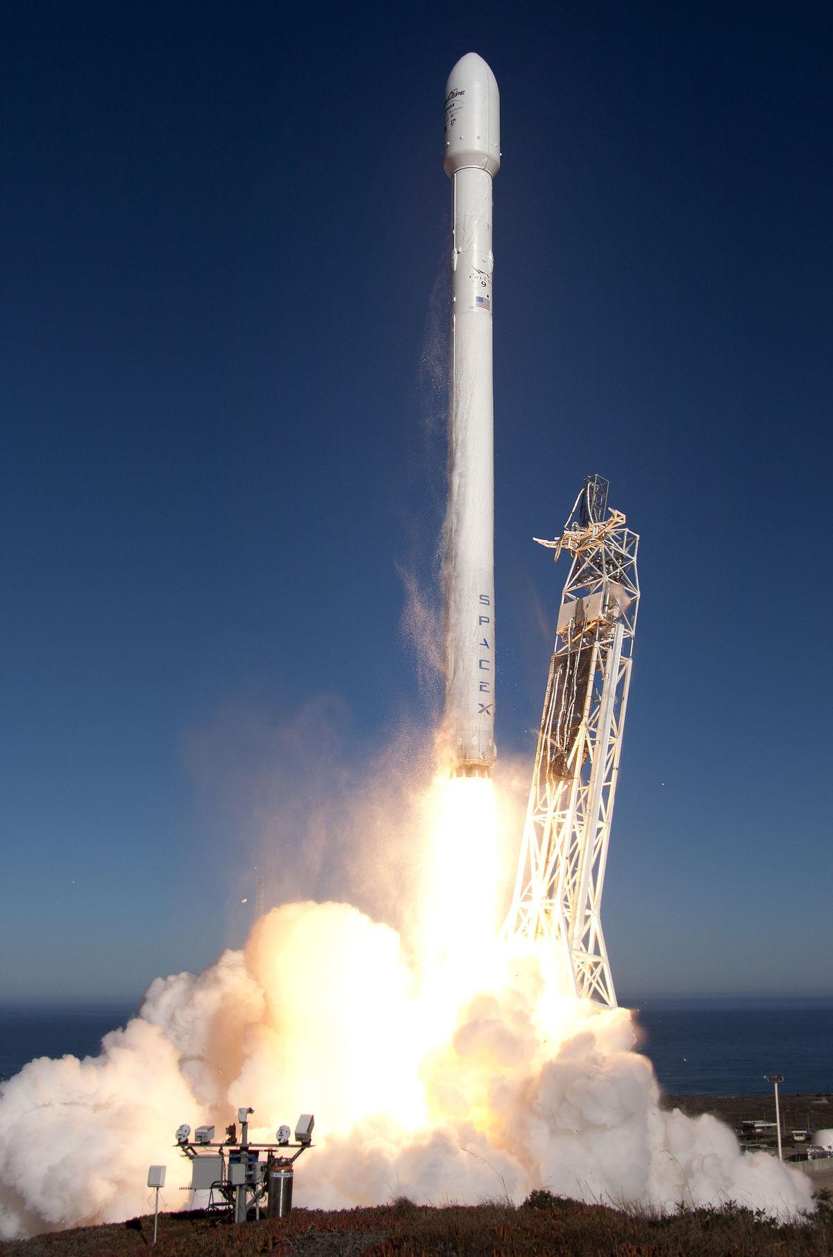 Nosná raketa Falcon 9 spoločnosti SpaceX.