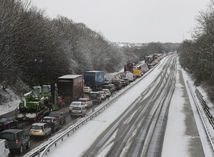 zápcha, sneh, M80, Falkirk, Škótsko, diaľnica