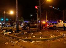 New Orleans, dopravná nehoda, vrak, auto, odťah