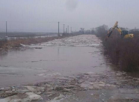 Fúkať bude naďalej, ale rieky sa upokojujú