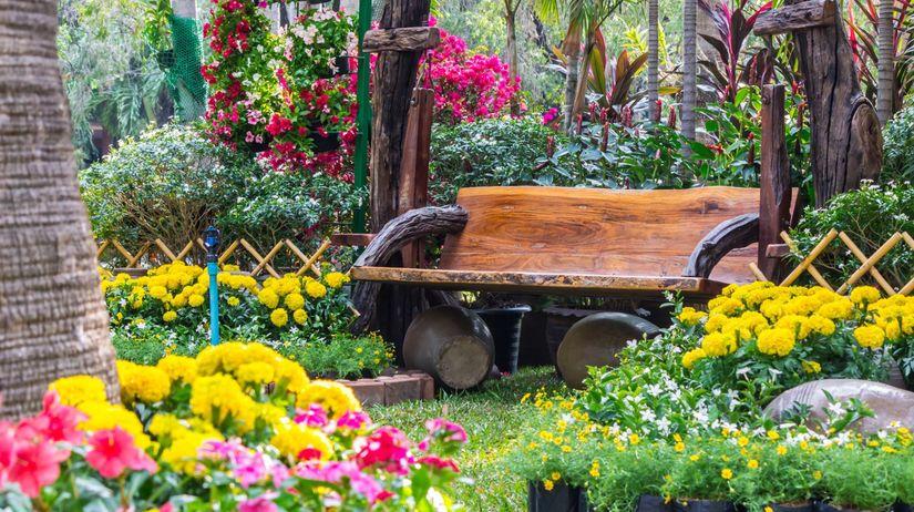 Kvetinov z hony nie s navrhovan bez ladu a skladu for Como podar un ciruelo de jardin