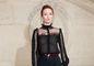 Francúzskej modelke Audrey Marnay bolo vidieť pod priehľadnou blúzkou prsia.