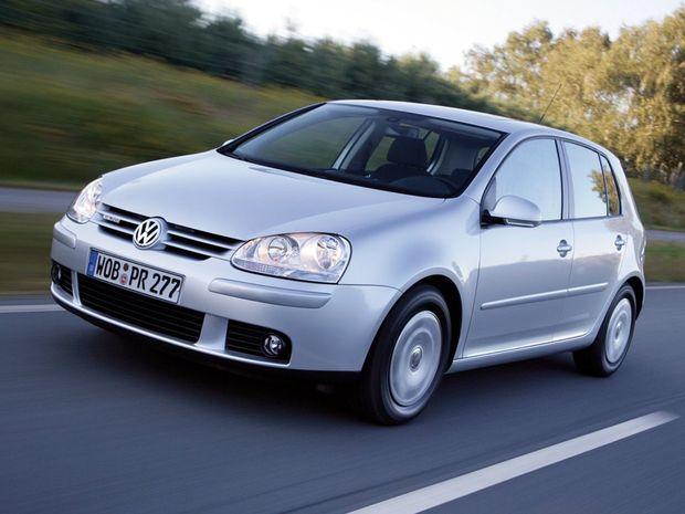 Na špičku patrí aj dlhoročný európsky bestseller VW Golf. To napriek mnohým technickým problémom súvisiacim najmä s príchodom motorov TSI a prevodoviek DSG.