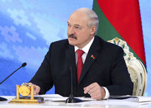 Alexandr Lukašenko, bielorusko