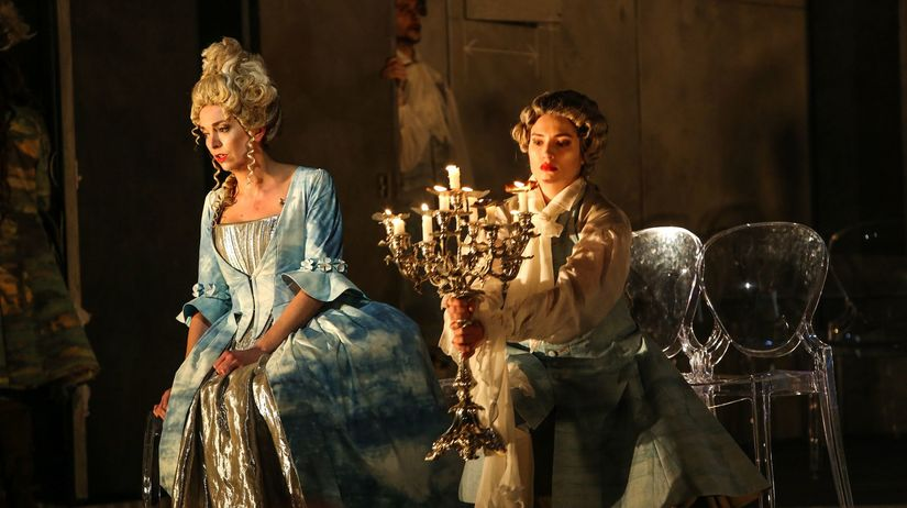 9d05d3cb7 Olivia Vermeulen (Arsilda) a Lucile Richardot (Lisea) v inscenácii  Vivaldiho opery Arsilda. Autor: Jozef Barinka