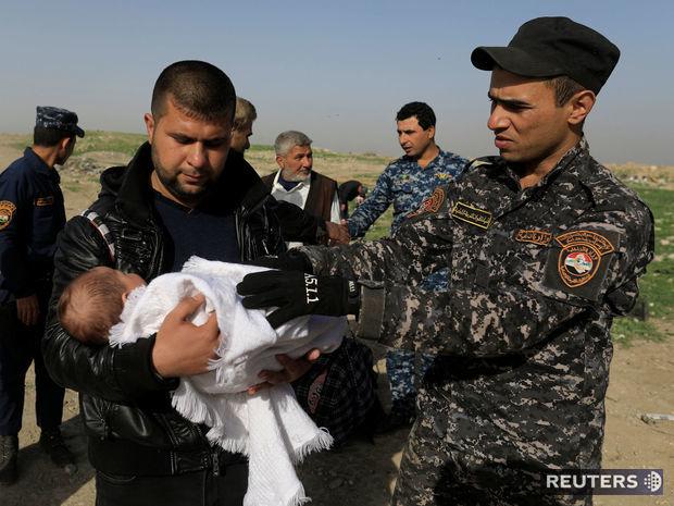 Irak, Mosul, vojak, utečenec, policajt, IS