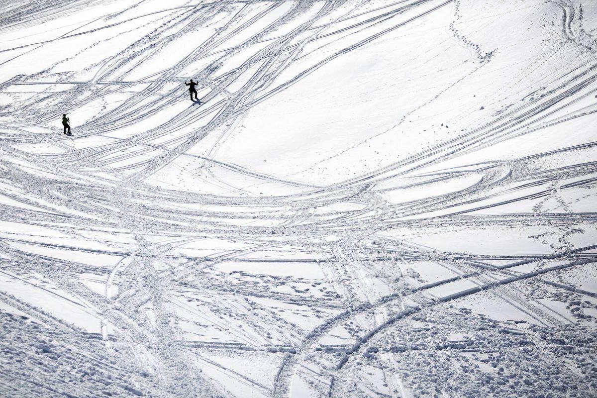 Libanon, sneh, zima, mráz, lyžovačka, lyže, lyžiari