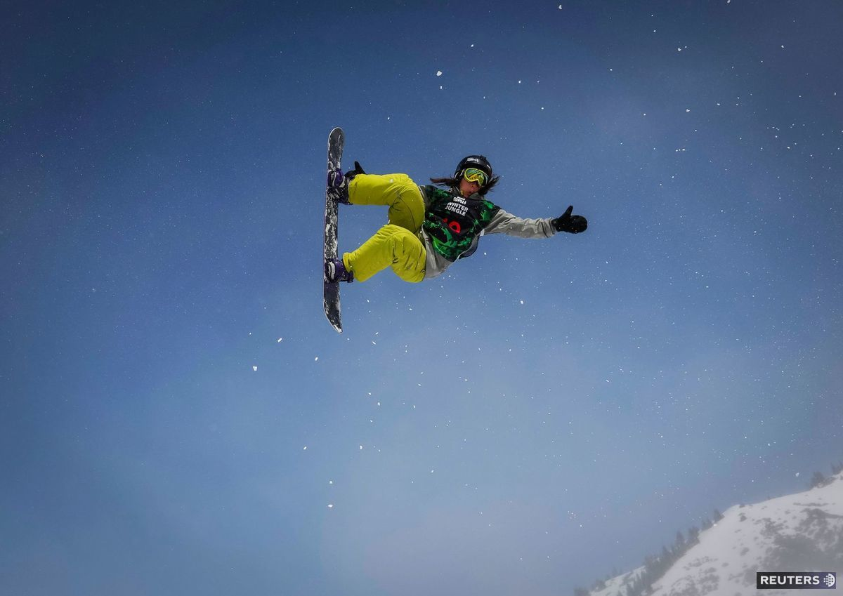 snoubord, snowboard, hory, sneh, zima, šport, Kazachstan