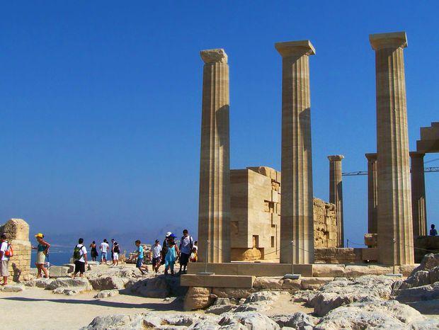 Z Atén sa dá podniknúť mnoho zaujímavých výletov.