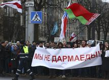 Bielorusko, Minsk, protest, protesty, zhromaždenie, transparent